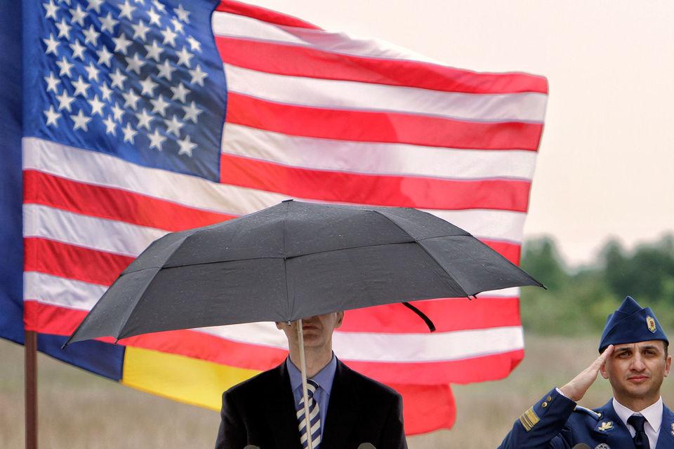 Емельянов также заявил, что США начали работать над созданием перспективных комплексов мгновенного глобального удара