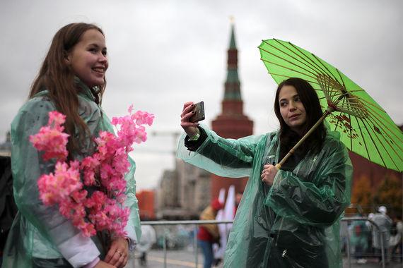 Это третий фестиваль, проведенный в России. Посмотреть как проходил первый московский слет студентов в 1957 г., можно в галерее «Ведомостей»
