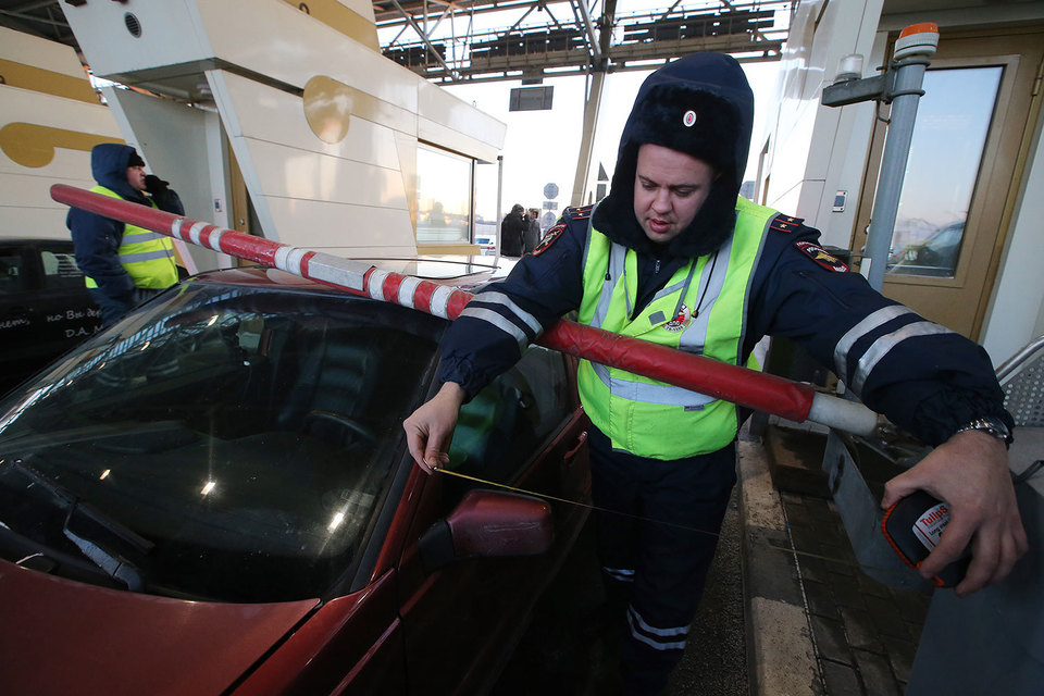 5 января дальнобойщики перекрыли въезды на Западный скоростной диаметр (ЗСД) в Петербурге