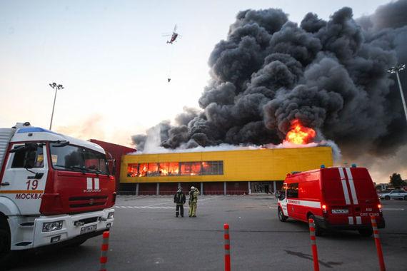 Чем грозит семье сенатора Арсена Канокова пожар на рынке «Синдика»