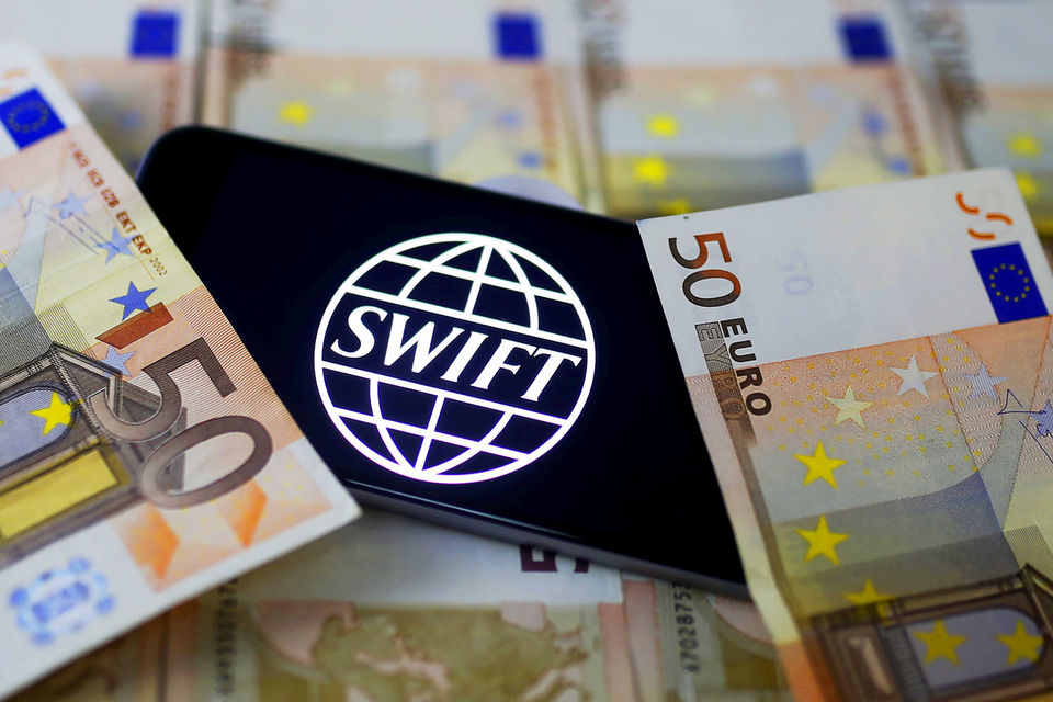 Выиграют все российские пользователи SWIFT, заверил Геринг