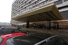 Гостинице придется конкурировать с международными операторами