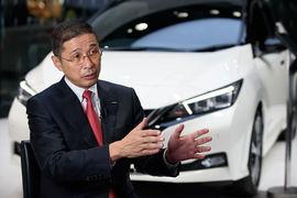 Гендиректор Nissan Хирото Саикава заявил, что производство автомобилей приостановлено для того, чтобы в это время внести изменения в конструкцию инспекционных конвейеров и увеличить число сертифицированных инспекторов