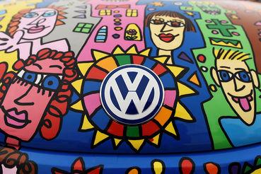 С марта 2007 г. должности руководителей Bentley и Bugatti, входящих в Volkswagen Group, всегда занимал один человек, с 2018 г. у каждой компании будет свой руководитель