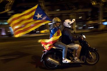 Барселона отреагировала на решение испанского правительства спонтанными «кастрюльными» протестами