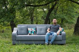 Антон Макаров копирует диваны иностранных производителей, выбирая модели, которые нравятся лично ему