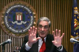 Спецпрокурор Роберт Мюллер предъявит обвинения Полу Манафорту, бывшему руководителю штаба Трампа