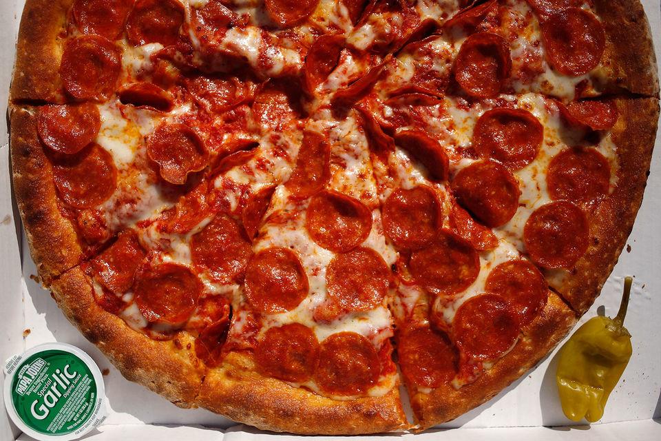 Исследования показали, что бренд пиццерий ассоциируется у потребителей с NFL