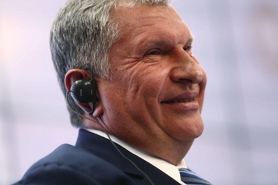 По словам Сечина, речь идет «о целой серии месторождений - нефтяных и  газовых», которые будут реализовываться совместно с иранскими  партнерами