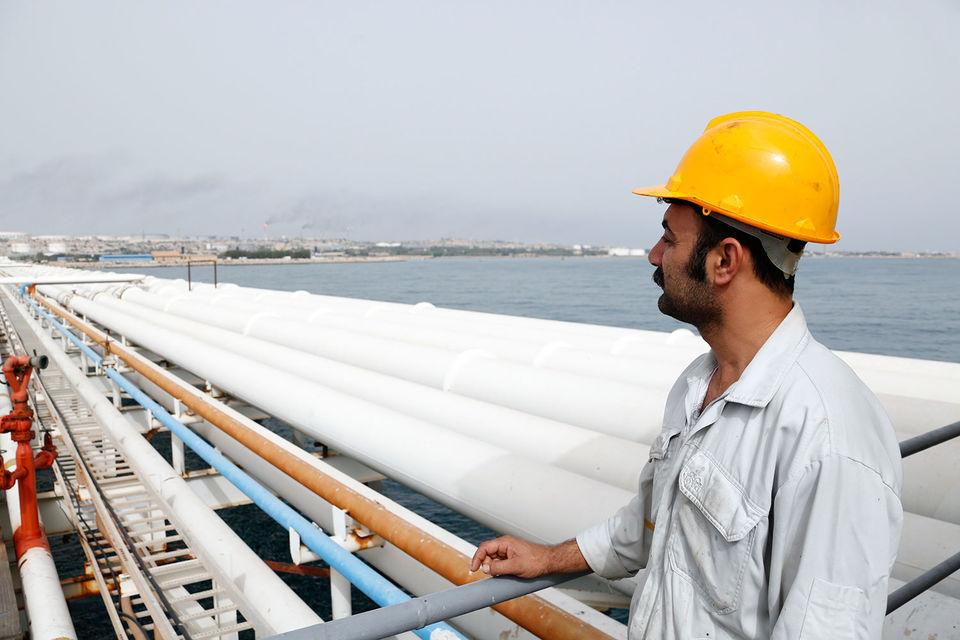 «Газпром» и «Роснефть» прокладывают путь в Иране