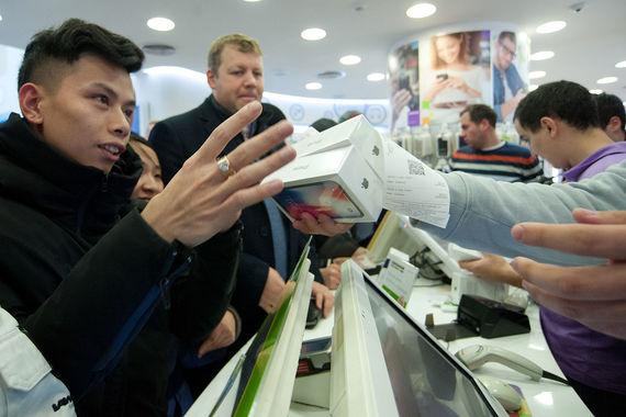 Покупатели нового iPhone X