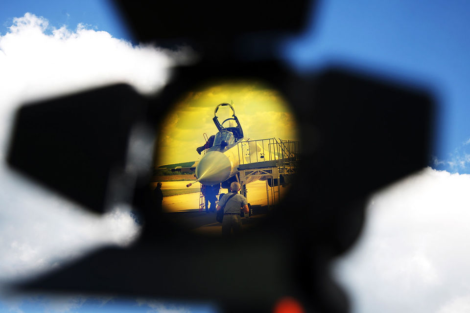 В целом ожидается продолжение закупок тех комплексов фронтовой авиации, которые закупаются и сейчас, рассказывал собеседник «Ведомостям»