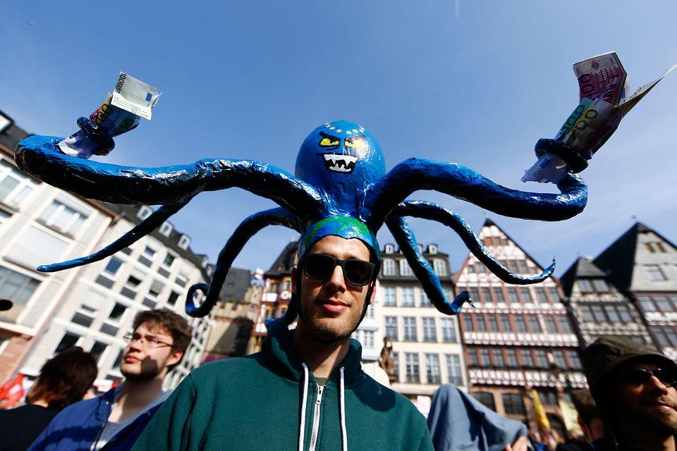 Европейские вкладчики вскоре легко дотянутся до счета в любом банке