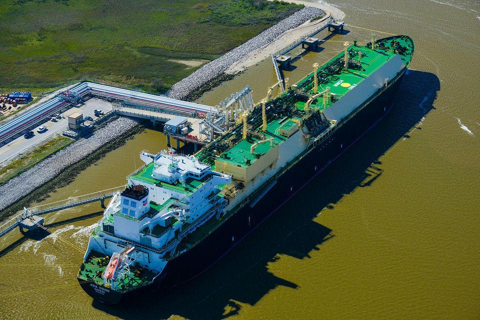 В течение года среднемесячные цены газа на Henry Hub колебались в диапазоне $2,28-3,30/MBTU