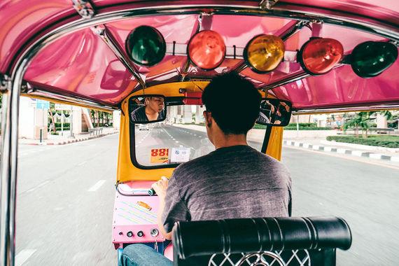 Второе место занял Бангкок, в котором за восемь месяцев текущего года побывали 23,3 млн человек. При этом, согласно статистике Mastercard, расходы туристов за год составили $14 млрд -  на 10,9% больше, чем в прошлом году