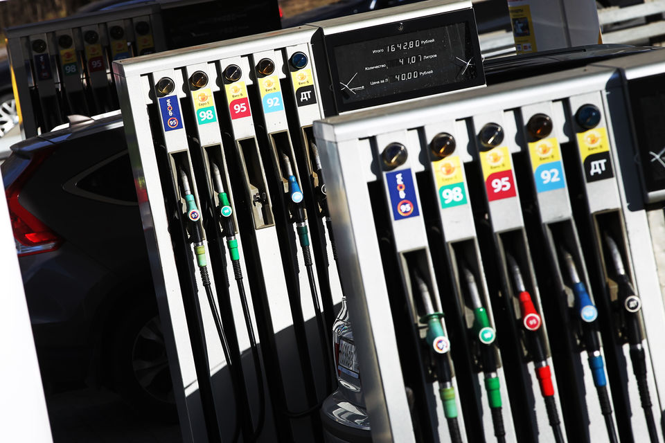 Бензин резко подорожал за последние дни