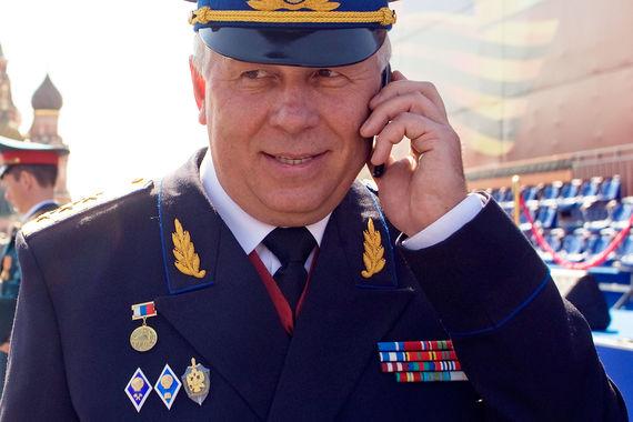 У генерального директора «Ростеха» Сергея Чемезова ордена II, III и IV степени, а также ордена Дружбы и Почета