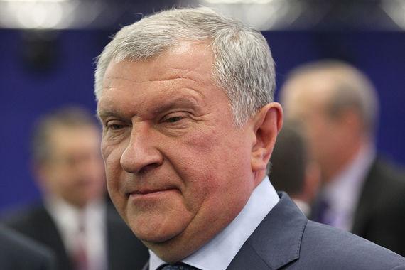Главный исполнительный директор «Роснефти» Игорь Сечин орден «За заслуги перед Отечеством» вообще не получал и довольствуется орденом Дружбы