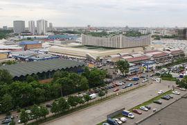 Черкизовский вещевой рынок, крупнейший по обороту в европейской части России, существовал с начала 1990-х по 2009 г.
