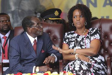 Роберт Мугабе, президент Зимбабве с женой Грейс