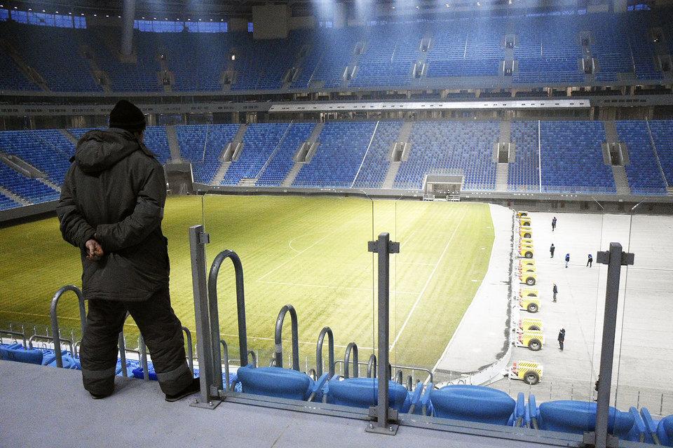 Официально стадион сдан, но работы продолжаются