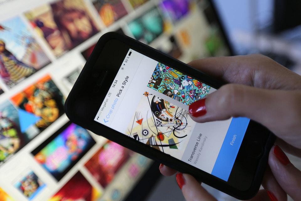 В первой категории Forbes отметил сооснователя Prisma, экс-сотрудника Mail.ru Group Алексея Моисеенкова