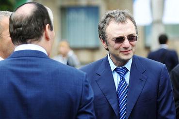 Сулейман Керимов останется на свободе под залог в 5 млн евро