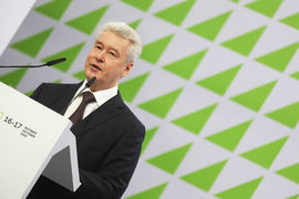 До сих пор власти Москвы заявляли, что проводить дополнительные голосования и включать новые пятиэтажки в программу запрещено