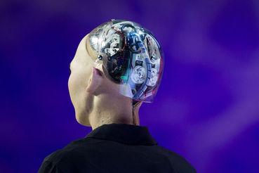 Сегодня ИИ трансформирует все отрасли, уверен гендиректор «ABBYY Россия» Дмитрий Шушкин