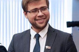 Вопрос о назначении Леонида Зюганова (на фото) лидером фракции КПРФ вМосгордуме вышел на федеральный уровень