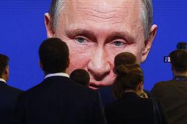 Либеральный кандидат может удачно оттенить образ Путина, считают в Кремле