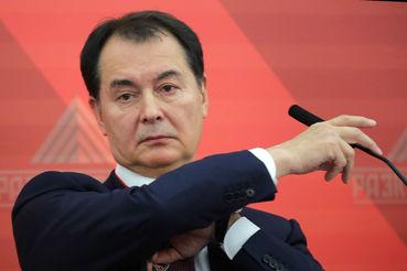 Медведев уволил куратора авиации в Минтрансе