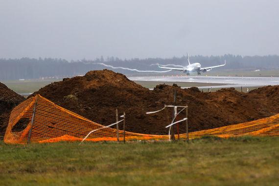 Масштабными проектами развития аэропорта станут реконструкция к 2026 г. терминала С за 19,9 млрд руб., строительство терминала С-2 за 9,7 млрд руб. и реконструкция терминала F за 12,5 млрд руб., следует из презентации аэропорта
