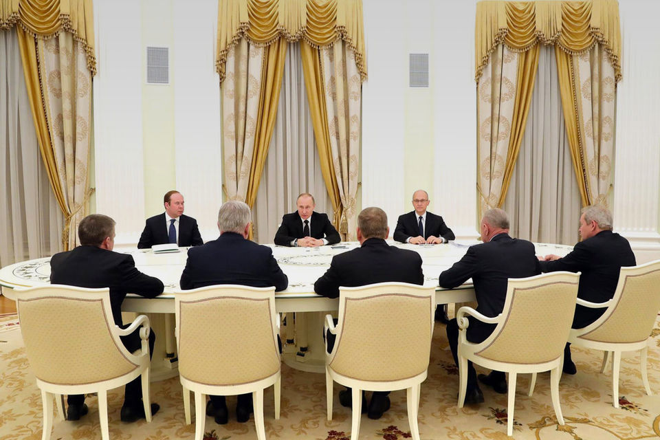 Путин объяснил уволенным губернаторам их отставку