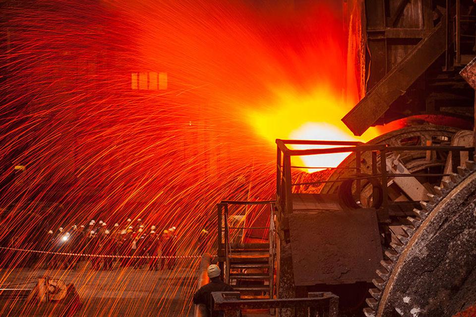 Крупным промышленным компаниям надо думать не о масштабировании бизнеса, а о поиске места в новой, постиндустриальной реальности, считает Потанин