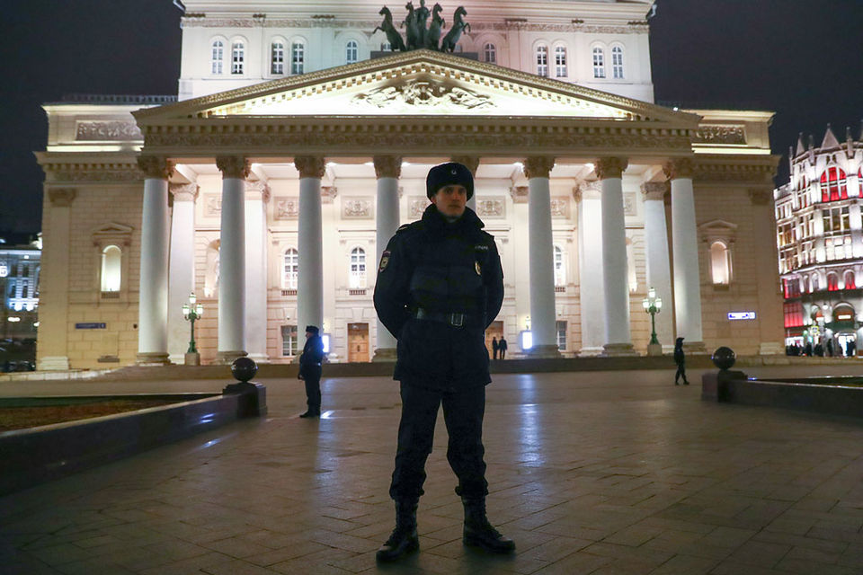 Волной телефонного терроризма накрыло и Большой театр: 5 ноября оттуда эвакуировали 3500 человек