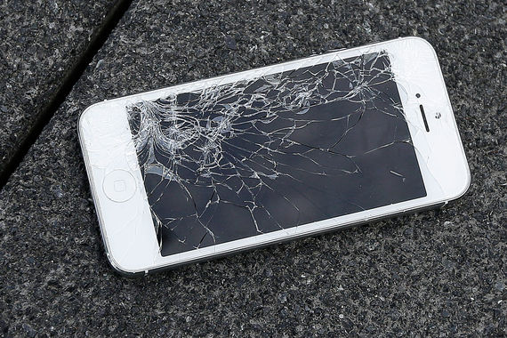 замена разбитого экрана iphone