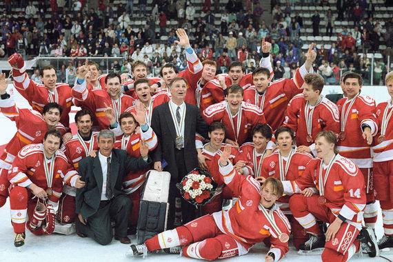 На Играх-92 российские хоккеисты в составе сборной СНГ в последний раз стали олимпийскими чемпионами, выиграв  финальный матч у команды Канады со счетом 3:1