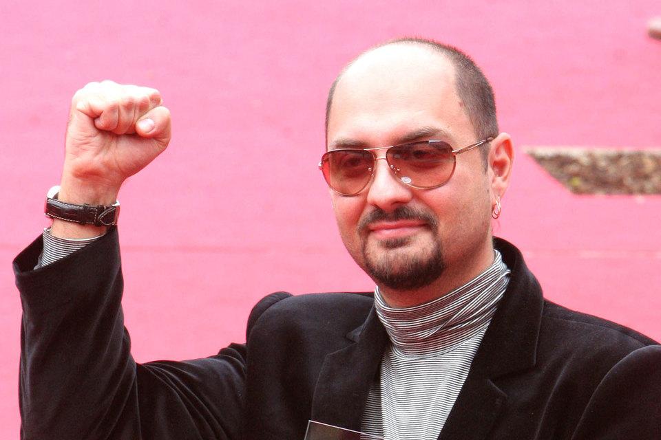 Режиссер Кирилл Серебренников в  момент совершения мошенничества купил в Германии квартиру, рассказал Александр Бастрыкин