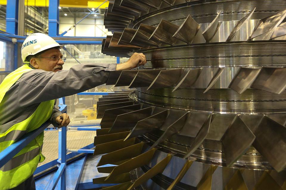 Скандал с турбинами осложнил работу Siemens на российском рынке