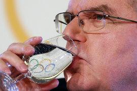 Международный олимпийский комитет 5 декабря принял решение приостановить членство Олимпийского комитета России и отстранить российскую сборную от соревнований, которые пройдут в Пхенчхане с 9 по 25 февраля