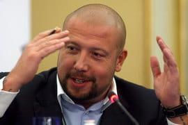 В иске Юров (на фото) утверждал, что Беляев и Аганбегян согласились заплатить ему и его партнерам $50 млн за то, чтобы «Открытие» стало санатором банка «Траст»