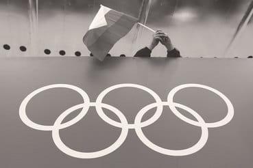 Экономика Олимпиады, как и любого спортивного мероприятия, подразумевает  два бюджета: бюджет собственно стройки, создания спортивных сооружений и  инфраструктуры плюс бюджет проведения мероприятия