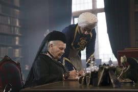 Диктовать королеве мог не каждый коренной британец