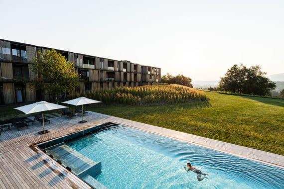 Медицинским спа года в третий раз подряд признается Lanserhof Tegernsee - знаменитый оздоровительный центр в австрийской провинции Тироль, основанный в 1973 г.
