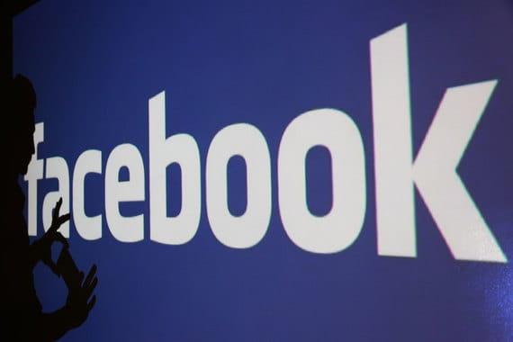 В 2009–2010 гг. принадлежавший Юрию Мильнеру DST Global I, одним из соинвесторов которого (limited partner) был Алишер Усманов, скупил до 10% Facebook, исходя из оценки компании в $10 млрд. В мае 2012 г. Facebook провел IPO и был оценен в $100 млрд, по которой DST и продал часть акций, выручив $2 млрд