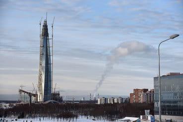 Район вокруг «Лахта центра» со временем может стать новым деловым центром города, прогнозируют девелоперы