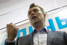 «Самый ближайший день, когда я могу провести процедуру своего выдвижения на выборах, - 24 декабря», - сказал Навальный