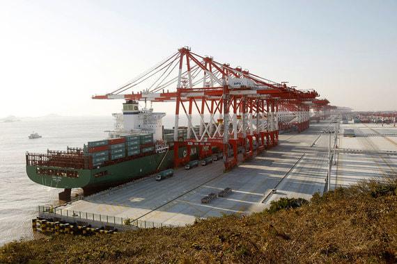Китай намерен стать лидером мирового рынка морских перевозок