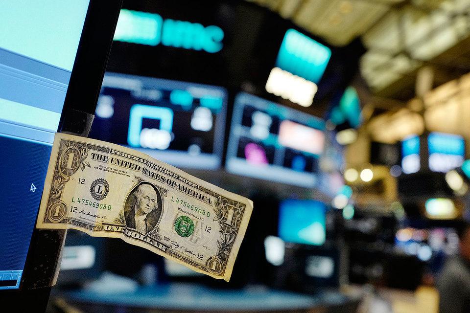 Глобальные банки спешат выйти на долговой рынок до очередного повышения ставки ФРС